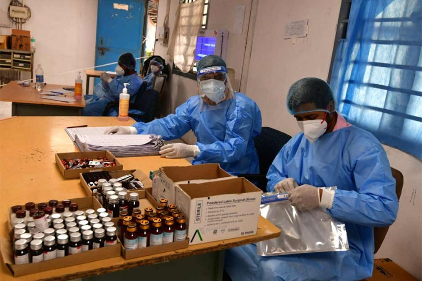 Coronavirus: Centre Brings Tough Law For Attack On Health Workers; Guilty Could Face 5 Years In Jail