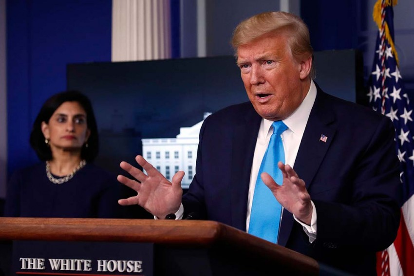 Prez Donald Trump Suspends Issuing New Green Cards For 60 Days