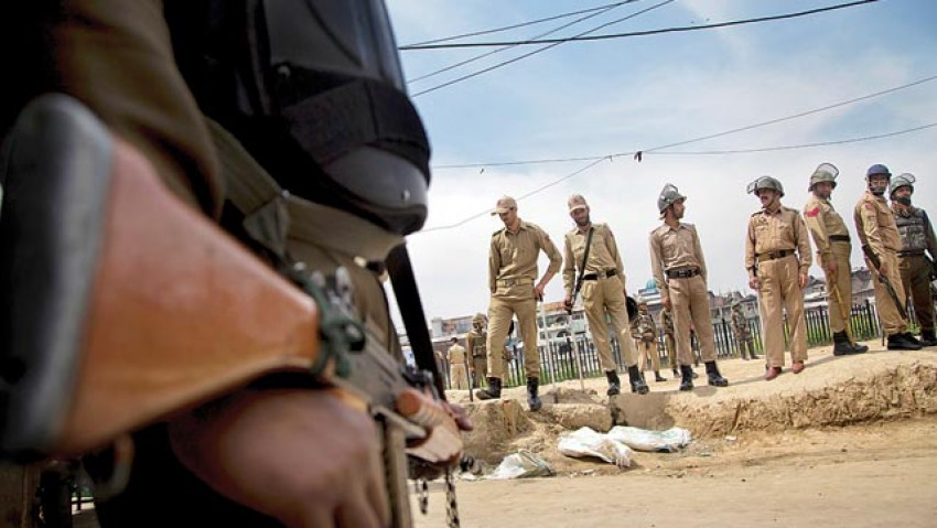Militants Abduct Off-duty Policeman In Kashmir's Shopian, Freed Later