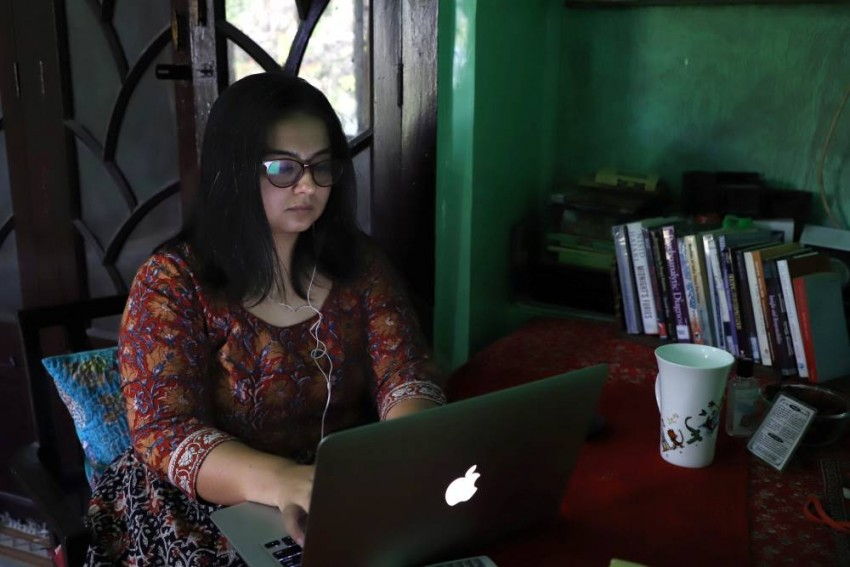 Rescuing The Mind From Lockdown: Psychotherapist Helps People With Pro-bono Service