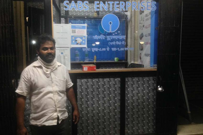 COVID-19 Good Samaritans: A Banker For The Migrant Worker, It's Business With A Difference