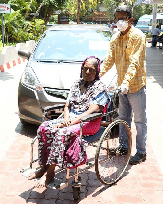 COVID-19 Good Samaritans: When RV Ramanan's Free Dialysis Shuttle Was Godsend