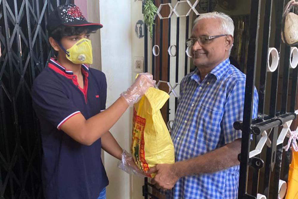 COVID-19 Good Samaritans: School Boy Arnav Rathore Is A Blessing For Needy Senior Citizens
