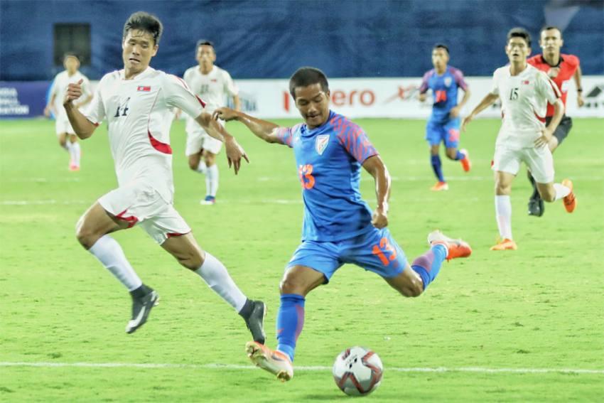 When Captain Sunil Chhetri Put A Hand On Lallianzuala Chhangte's Shoulder To Make It All Go Away