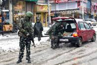 Lockdown Restrictions Tightened In Kashmir After Spike In COVID-19 Cases