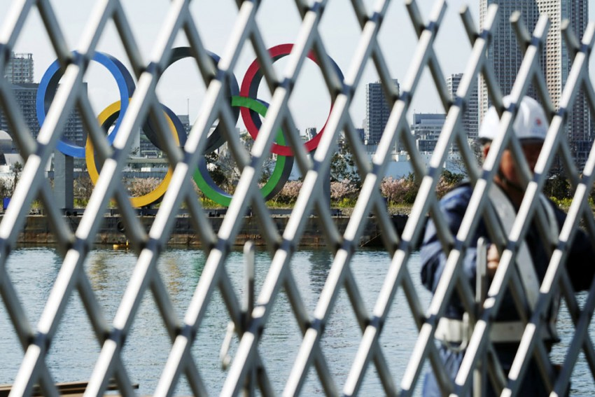 IOC Official Disagrees COVID-19 Vaccine Needed For Tokyo Olympics