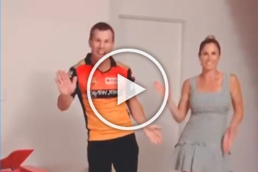 David Warner And Wife Candice Dance On Hit Telugu Song 'Butta Bomma' - WATCH