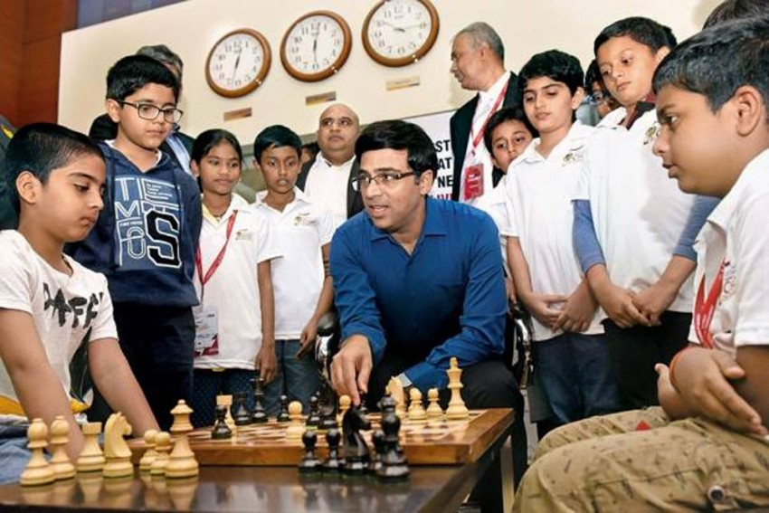COVID-19: Stuck In Germany, Viswanathan Anand To Raise Funds Through Online Chess Competition