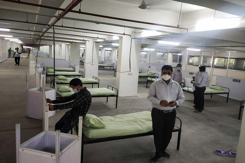 Suspected Coronavirus Patient Attempts Suicide By Jumping From 3rd Floor Of Delhi Hospital