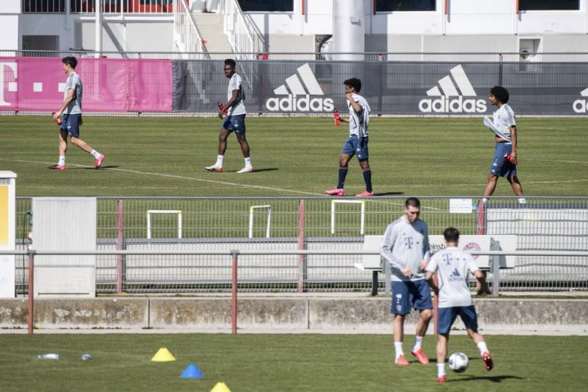 Coronavirus Pandemic: Bundesliga Stars Glad To Train Again, Even With Social Distancing