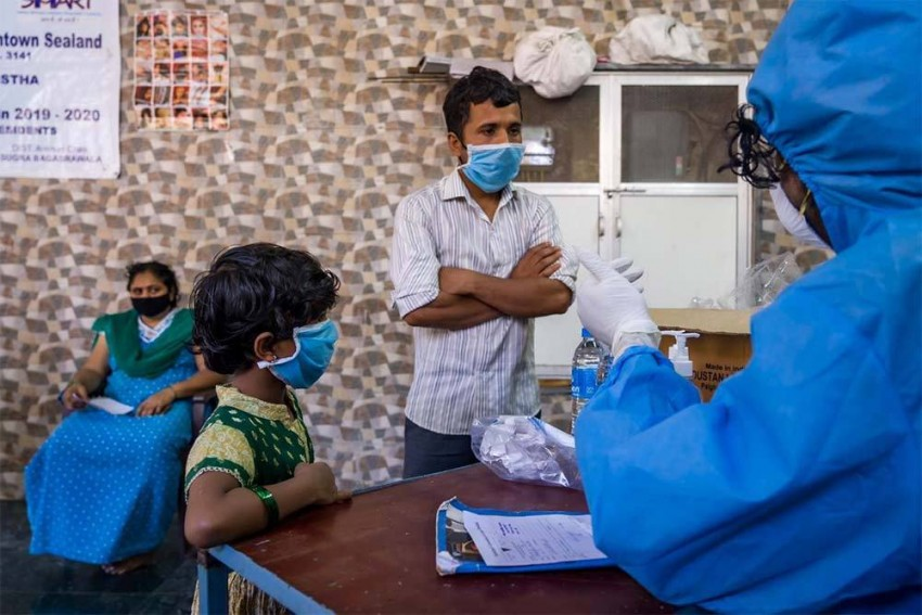Maharashtra Continues To Lead In Coronavirus Cases With Tally At 1,078, Death Toll Reaches 64