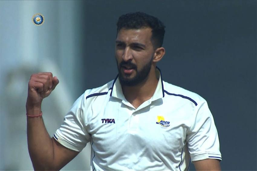 Coronavirus Lockdown: Cricketer Rishi Dhawan Caught Roving In Luxury Car, Fined For Curfew Violation