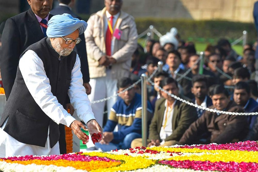 Former PM Manmohan Singh Now Stable, Developed Reaction To Medication: Hospital Sources