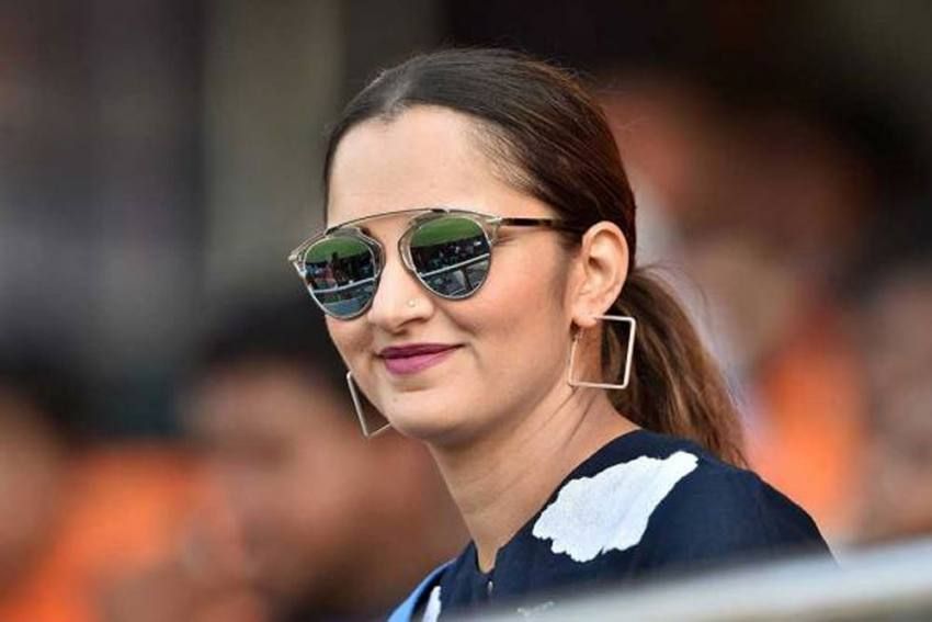 Sania Mirza Becomes First Indian To Win Fed Cup Heart Award, Donates Prize Money To Relief Fund