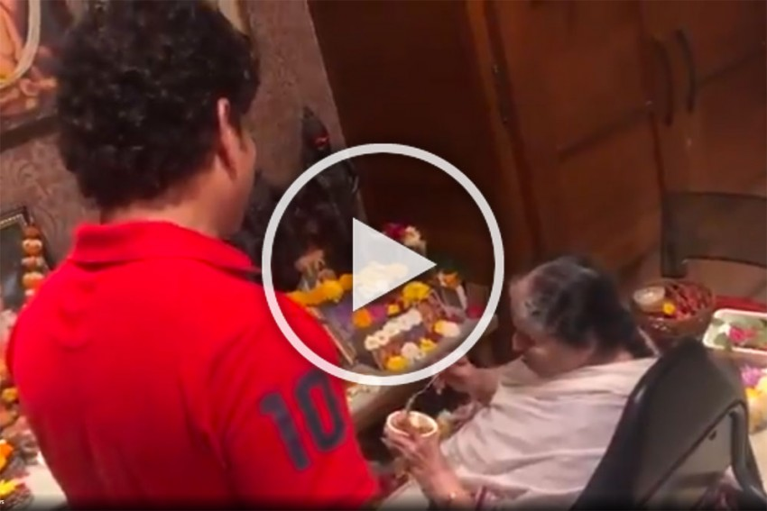 Sachin Tendulkar Cooked This Special Dish On Mother's Day