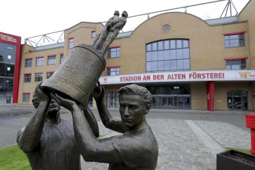 Bundesliga Restart On Track Despite Dynamo Dresden Setback: League Boss