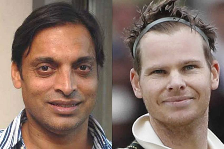 Fans Roast Shoaib Akhtar For Claiming He Can Dismiss Steve Smith On The Fourth Ball After Three 'Hurting Bouncers'