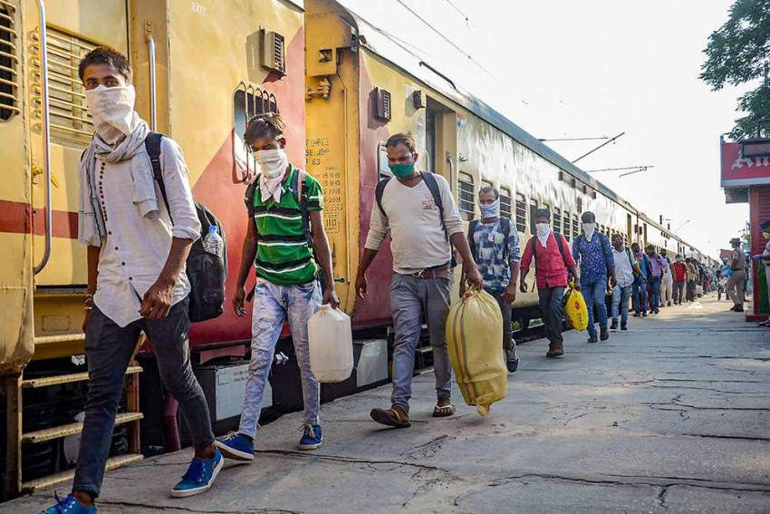 Bihar Stares At Monumental Crisis As Lakhs Of Migrants Return Home