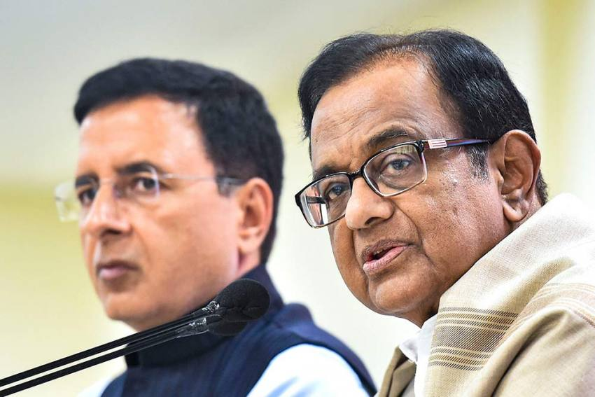 'Nothing For Poor Migrant Workers': Chidambaram Slams Centre's Economic Package