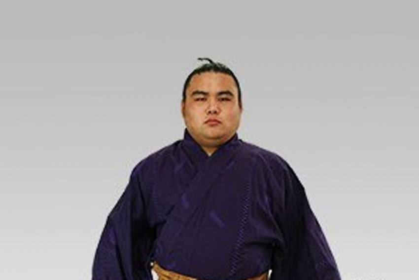 Coronavirus: Japanese Sumo Wrestler Infected With COVID-19 Dies
