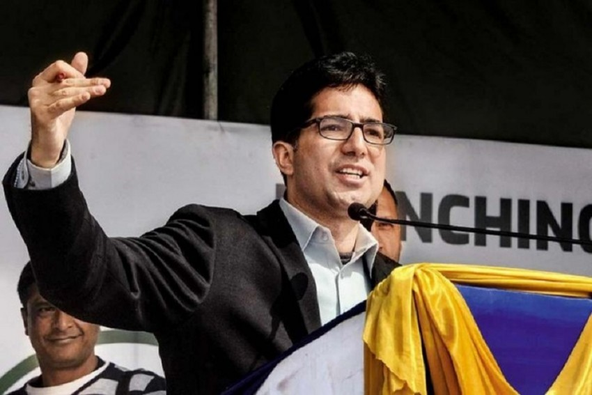 Shah Faesal's Detention Extended By Three Months Under PSA, Hours Before Expiry