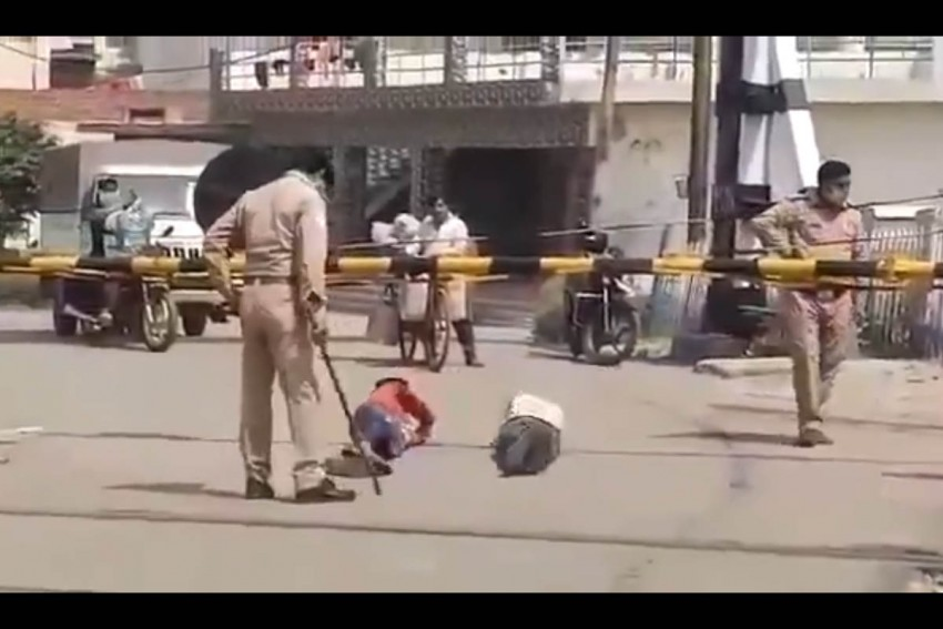 UP Cops Make Men Roll On Ground For Not Wearing Mask, Two Suspended