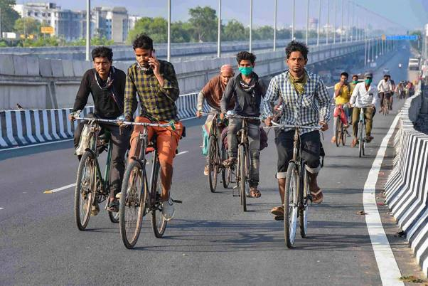 Migrant Worker, On Way Home From Delhi To Bihar On Bicycle, Dies In UP