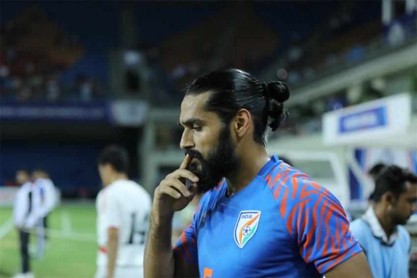 Star Indian Defender Sandesh Jhingan Leaves Kerala Blasters