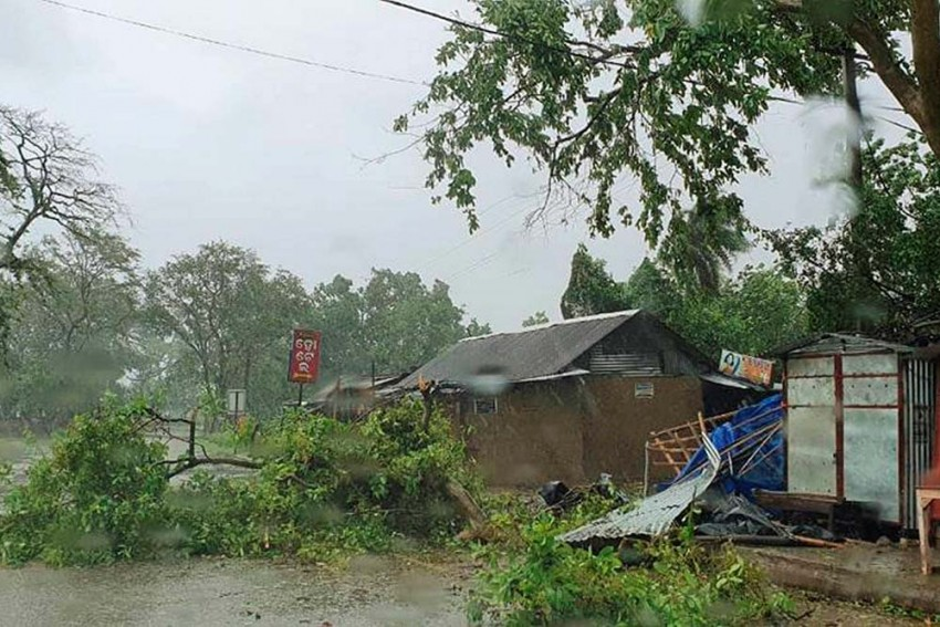 Cyclone Amphan: Nearly 4.5 Lakh Evacuated From Odisha, West Bengal