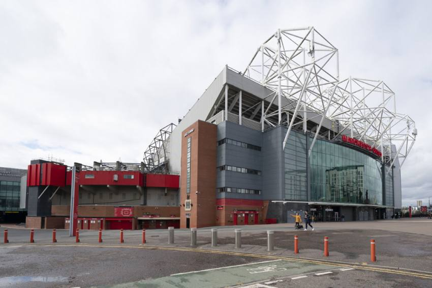 Manchester United Net Debt Soars To £429.1m After 42 Per Cent Yearly Increase