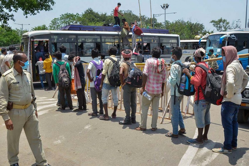 'Govt Can't Handle Own Population, But Wants More People Under CAA': Migrants To Vote NOTA Next