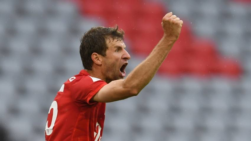 Bayern Munich 5-2 Eintracht Frankfurt: Thomas Muller And Alphonso Davies Star To Tee Up Tantalising Klassiker