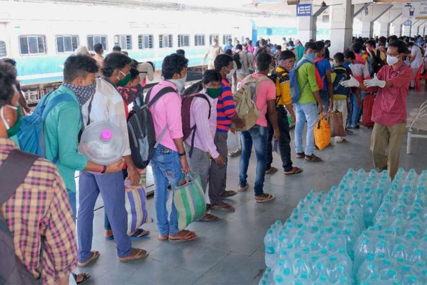 Can't Open Food Stalls Amid 'Loot & Vandalism', Says Railways Food Vending Association