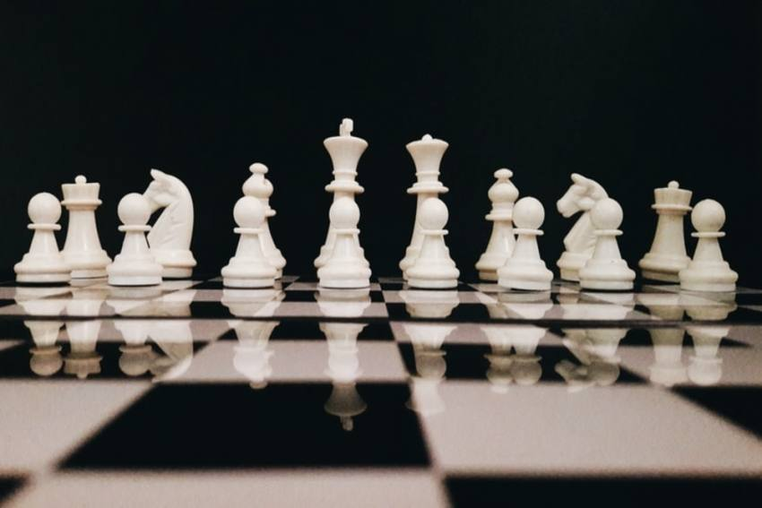 Chess Stays Alive While Other Sports Struggle Due To The Rising COVID-19 Pandemic
