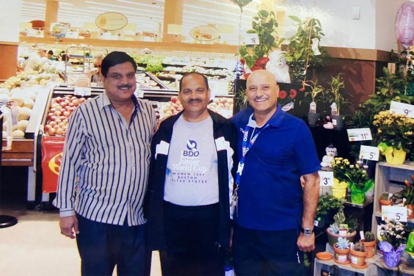 Two Of Three Ex-hockey World Cup Winners Return To Their Delhi Homes