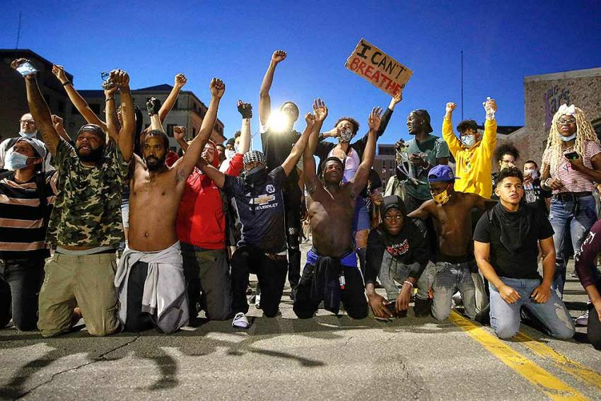 US Violence: One Dead in Indianapolis As Protests Over George Floyd's Death Rage In US Cities