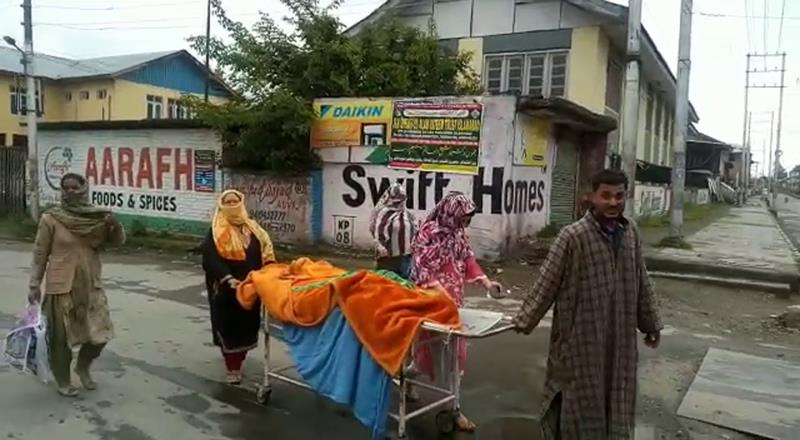 Denied Ambulance, Family Carries Dead Pregnant Woman In Stretcher Trolley In Kashmir