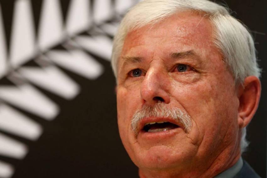 Can An Award Come With A Price Tag? Did You Know Richard Hadlee Once Had To Offer Holidays To Teammates To Keep His Prize
