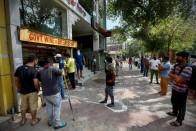 E-token System For Liquor Purchase In Delhi To Avoid Overcrowding