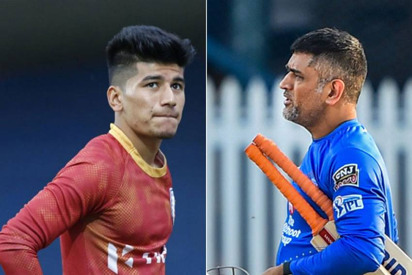 Footballer Anirudh Thapa Latest To Join Bandwagon Of MS Dhoni's Awestruck Fans