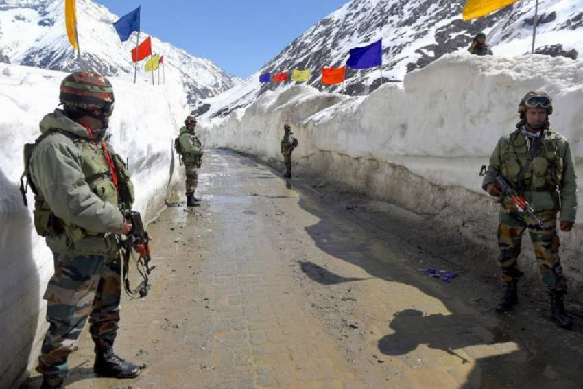 India, China 'Properly Handling' Border Issue, Taking Actions To Ease Situation: Chinese Foreign Min