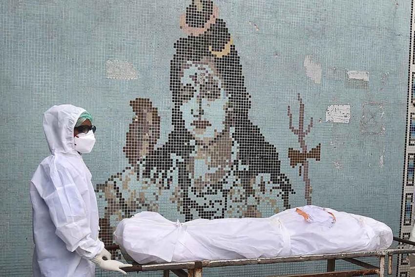 'Don't Shoot The Messenger': SC Raps Delhi Govt For Threatening Doctors