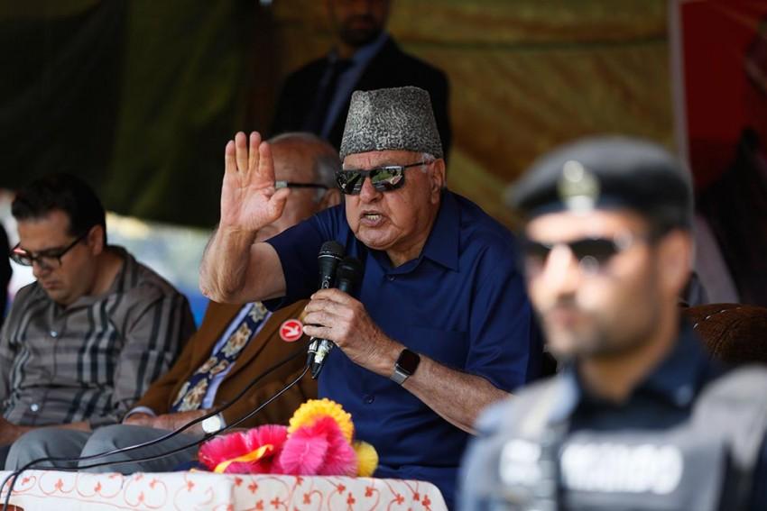 Kashmir: National Conference Demands Restoration of Article 370, Hails Gadkari's Statement