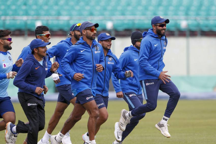 Cricket's Comeback From COVID-19: Fielding Coach R Sridhar Reveals Training Module For Indian Players