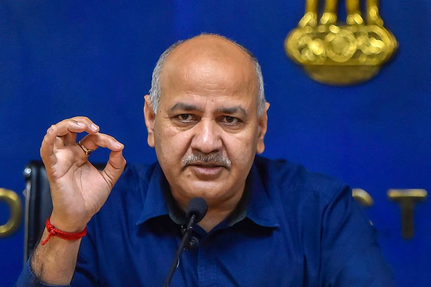 Sisodia Asks Amit Shah To Scrap Compulsory Govt Checkup For Covid Patients In Delhi