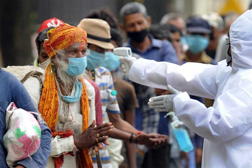 India Records Biggest Single-day Jump Of 16,922 Covid-19 Cases; Deaths Near 15,000