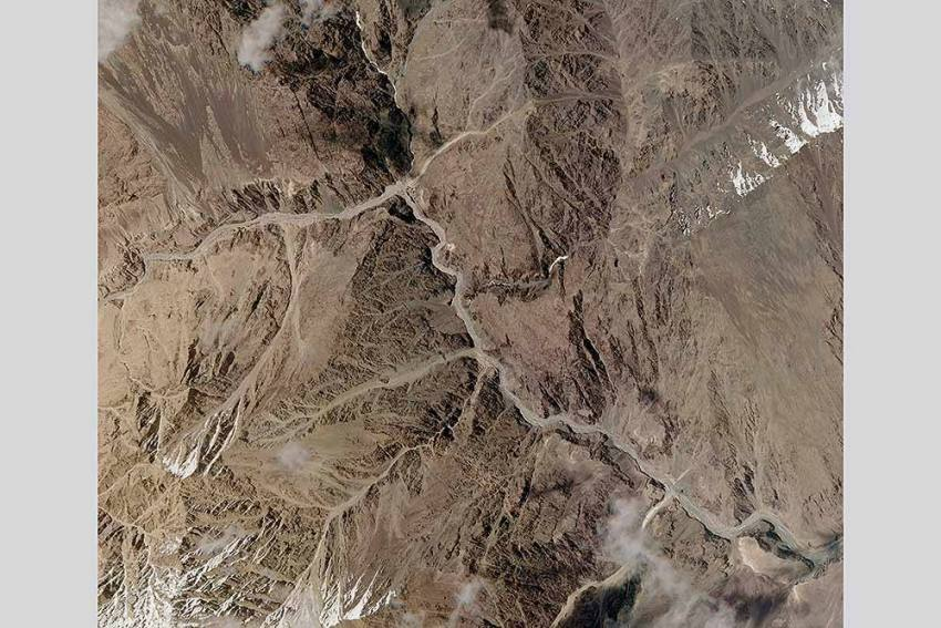 Galwan Valley: PLA Troops Return To Clash Site, Set Up Tents, Say Reports