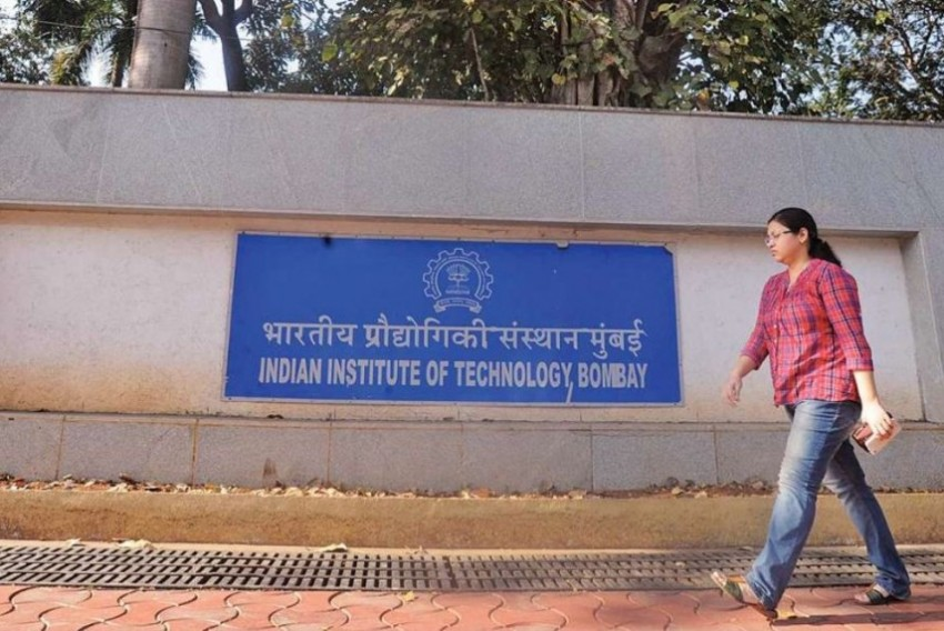 IIT Bombay Scraps Face-to-Face Lectures, Goes Fully Online For Next Semester