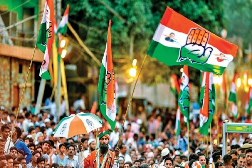 Two Gujarat Congress MLAs Resign Ahead Of Rajya Sabha Polls; Oppn Blames BJP