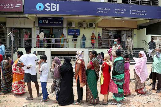SBI Reports Over Four-fold Jump In Q4 Profit At Rs 3,581 Crore